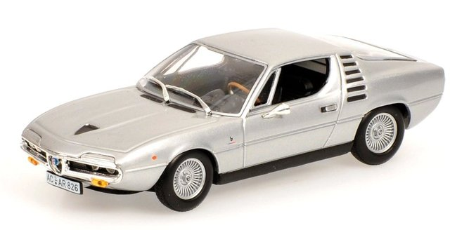 Alfa Romeo Montreal (1972) Minichamps 1/43 Gris Metalizado