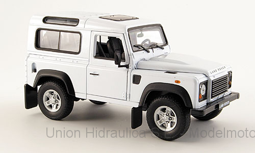 Land Rover Defender (2000) Welly 1:24 Blanco