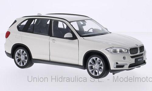 BMW X5 -E70- (2006) Welly 1:24 Blanco
