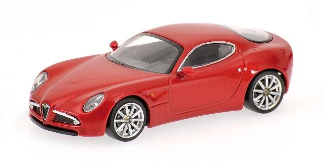 Alfa Romeo 8C Competizione (2003) Minichamps 640120520 1/64
