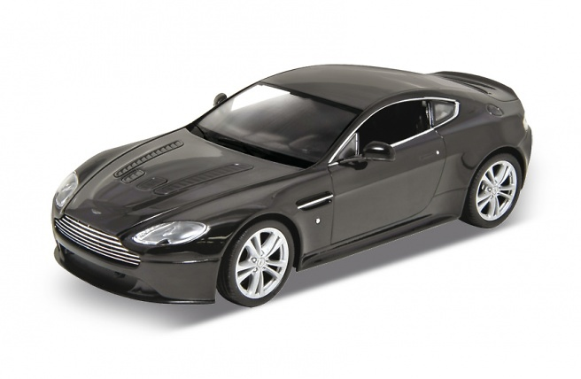 Aston Martin V12 Vantage (2010) Welly 24017 1:24