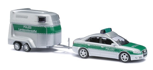Audi A4 Policia con remolque caballos Busch 49223 1/87