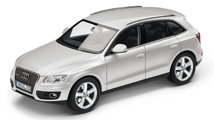 Audi Q5 (2013) Schuco 450756000 1:43