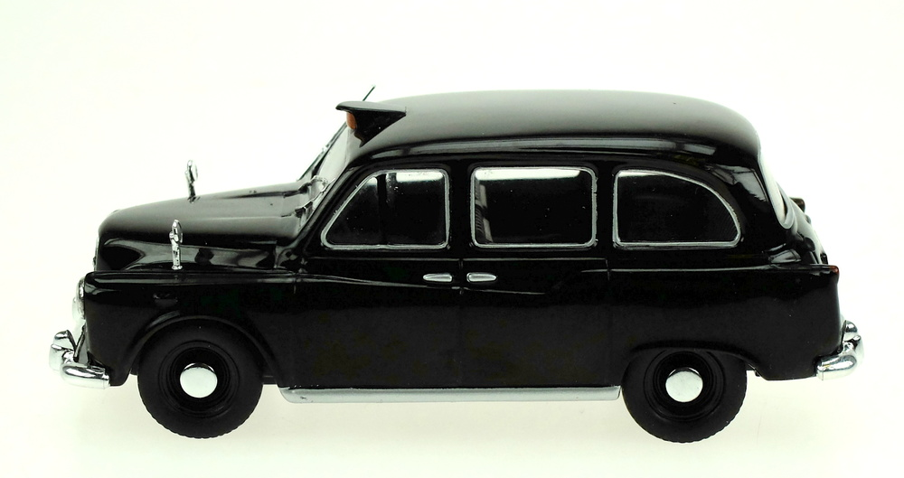 Austin FX4 London Taxi (1985) White Box WB259 1/43
