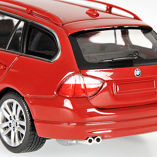 BMW Serie 3 Touring -E91- (2005) Minichamps 431024111 1/43