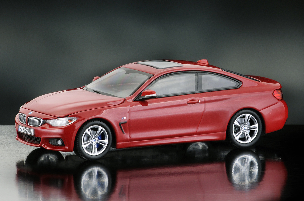BMW Serie 4 -F32- Coupé (2014) iScale 43-0006RO 1/43