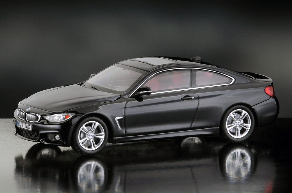 BMW Serie 4 -F32- Coupé (2014) iScale 43-0006SW 1/43