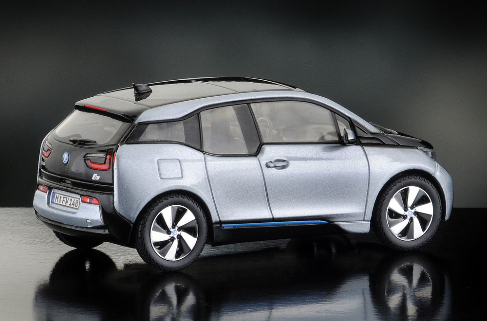 BMW i3 (2013) iScale 43-0014IS 1/43
