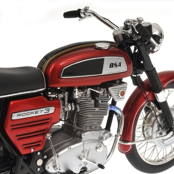 BSA Rocket III (1968) Minichamps 122130100 1/12