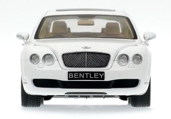 Bentley Continental Flying Spur (2005) Minichamps 100139461 1/18