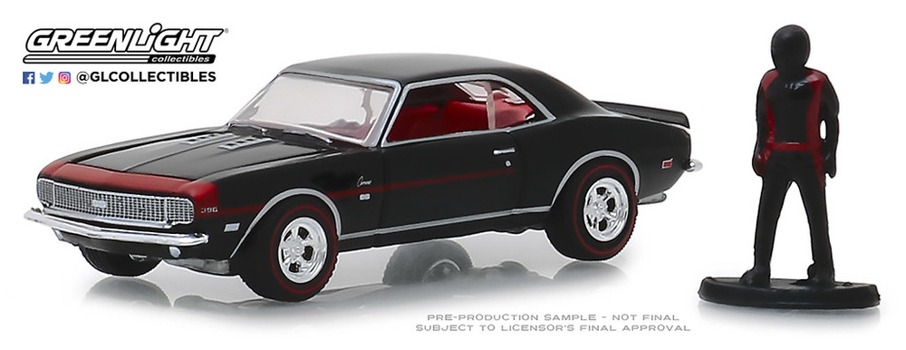 97060-C 1:64 The Hobby Shop Series 6 - 1968 Chevrolet Camaro RS/SS with Race Car Driver
