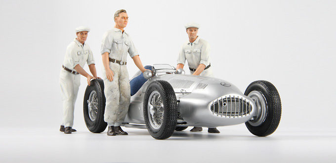 Conjunto de 3 mecánicos de Mercedes Figutec 18S111 1/18