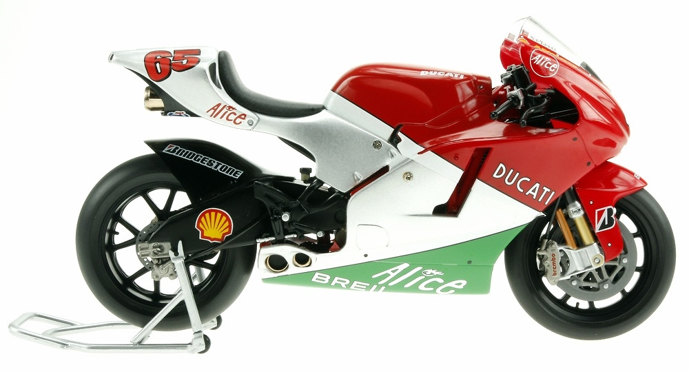 Ducati Desmosedici nº 65 Loris Capirossi (2006) Altaya MC02 1/12