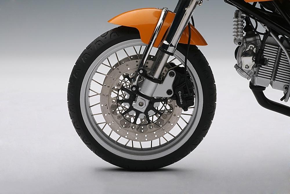 Ducati Sport 1000 (2006) Autoart 12552 1/12