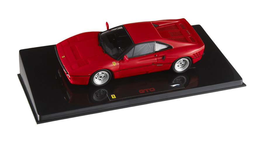 Ferrari 288 GTO (1984) Hot Wheels P9928 1/43