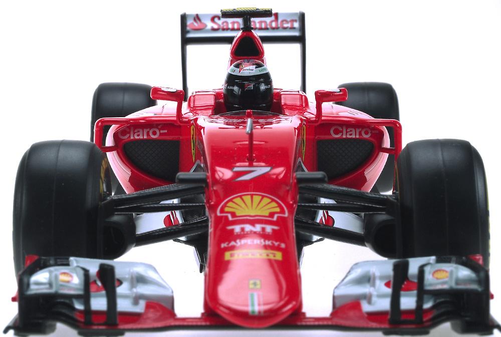 Ferrari SF15-T nº 7 Kimi Räikkönen (2015) Bburago 16801R 1:18
