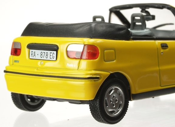fiat punto cabrio 1994 eg 800721 1 43. Black Bedroom Furniture Sets. Home Design Ideas
