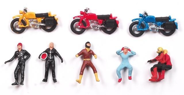 Figuras Parejas en moto Aneste 4082 1/87