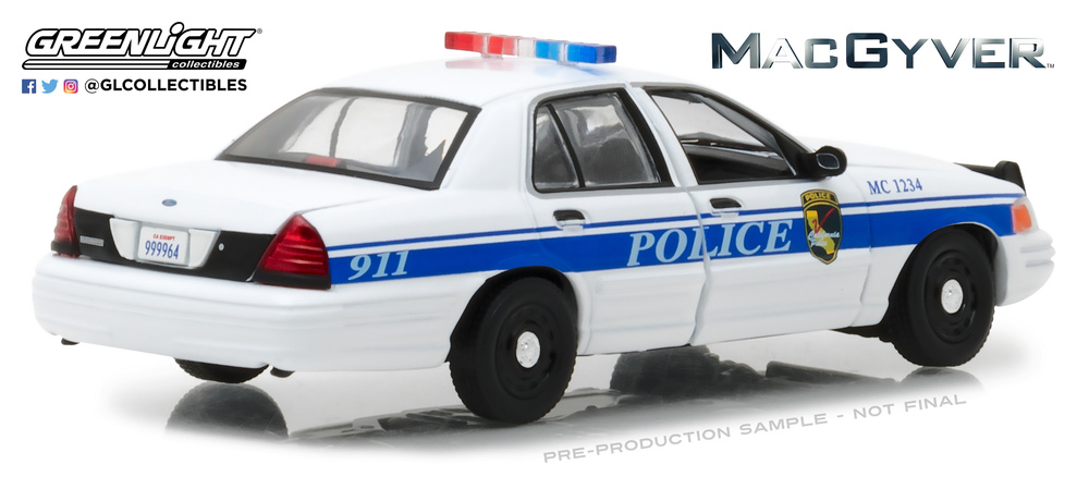 Ford Crown Victoria - Police Interceptor California Police MacGyver (2003) Greenlight 86520 1/43