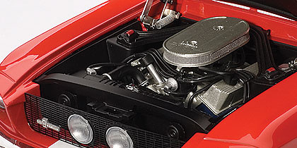 Ford Shelby Mustang GT500 (1967) Autoart 72906 1/18