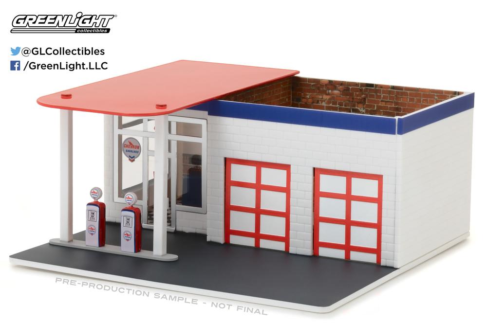 Garaje Mecánico con Gasolinera Chevron Greenlight 57022 1/64