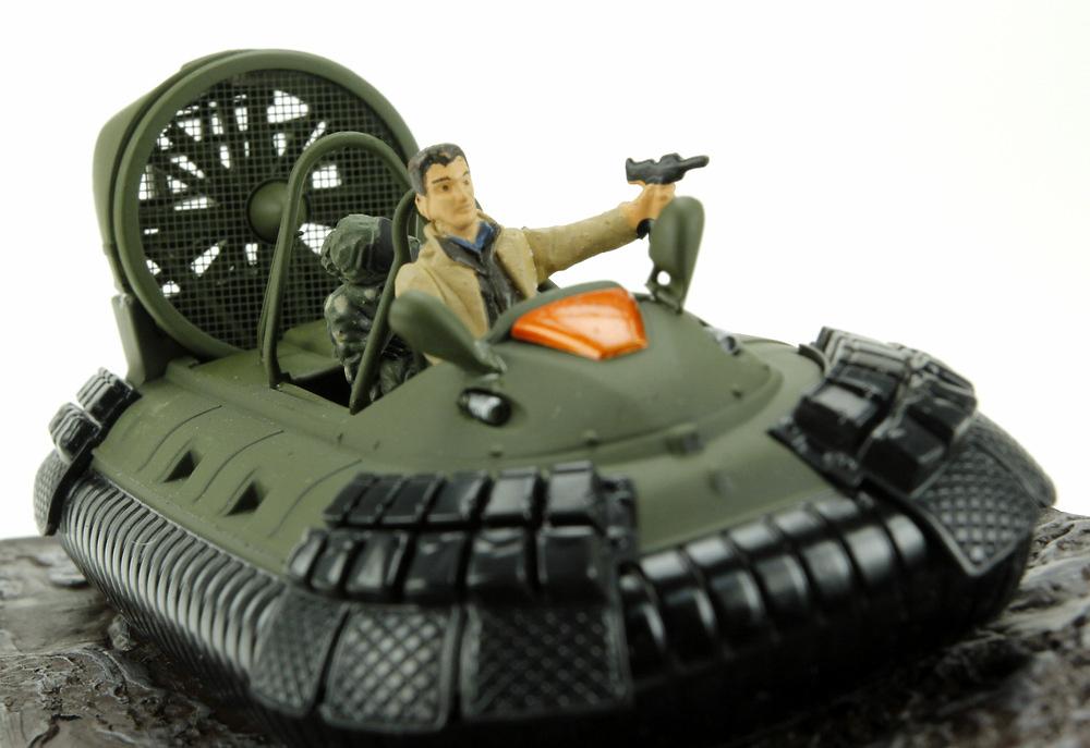 Hovercraft (1980) James Bond