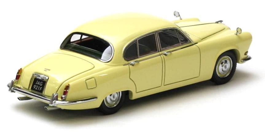 Jaguar 420 (1967) Neo 43921 1/43