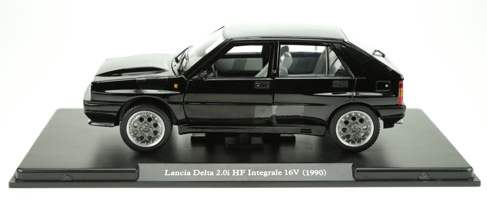 Lancia Delta Integrale (1987) Atlas AT2438 1:24