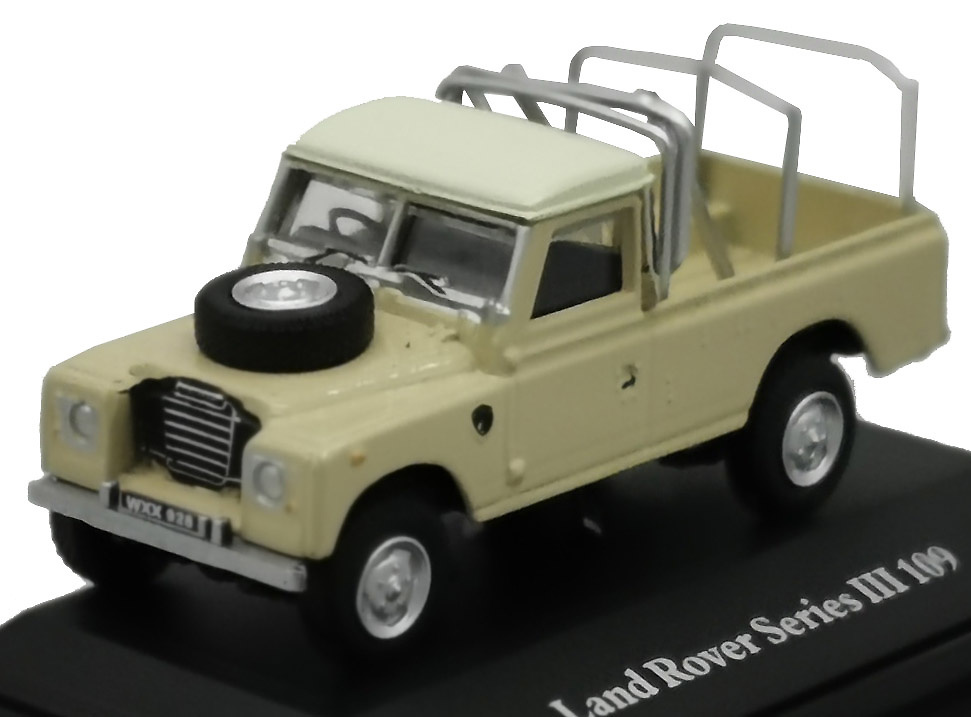 Land Rover 109 Serie 3 Pick-Up (1971) Cararama 52290 1/72