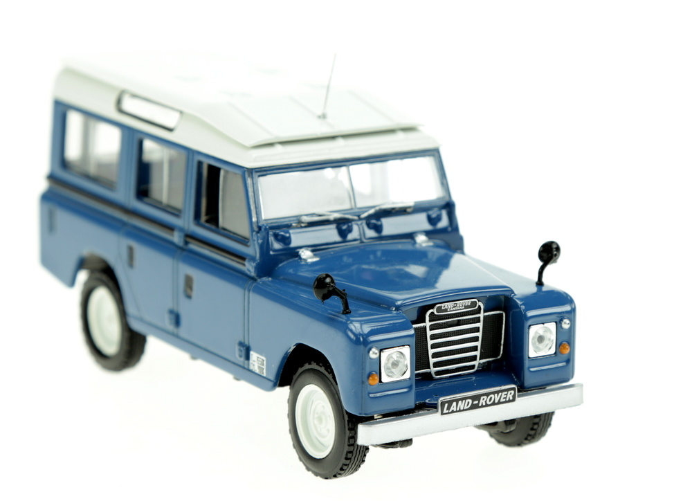 Land Rover 109 Serie IIA (1958) White Box WB135 1/43