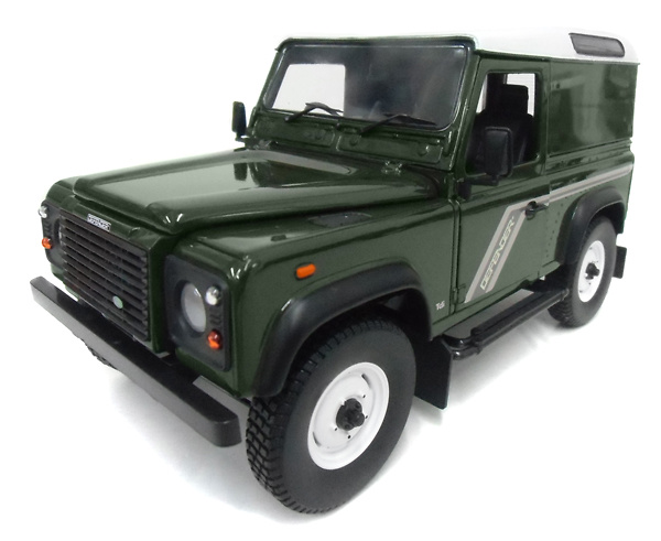 Land Rover Defender 90 TDi Hard Top (2010) UH J3882 1:18