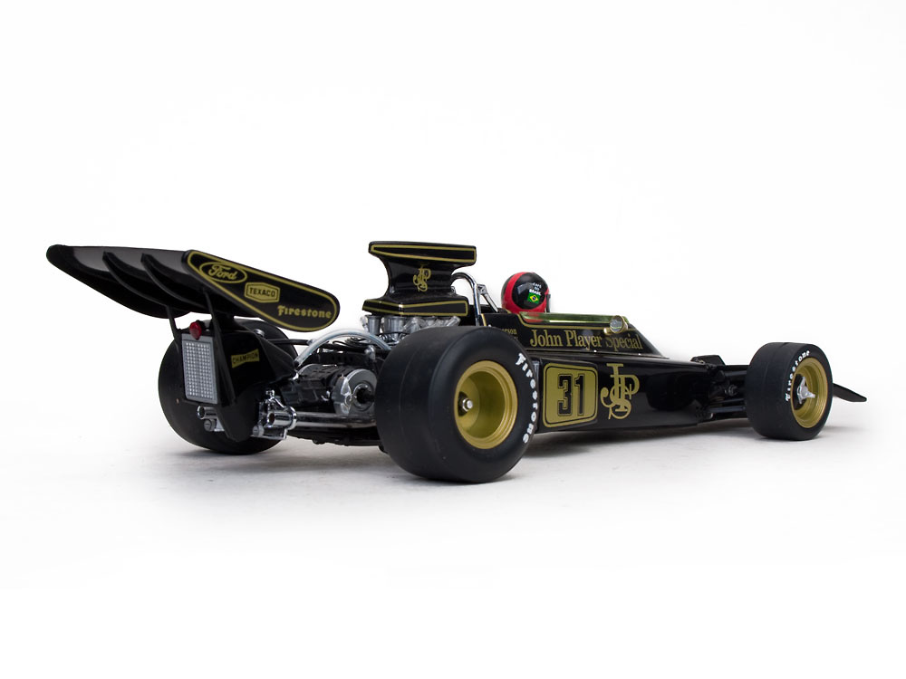 Lotus 72D