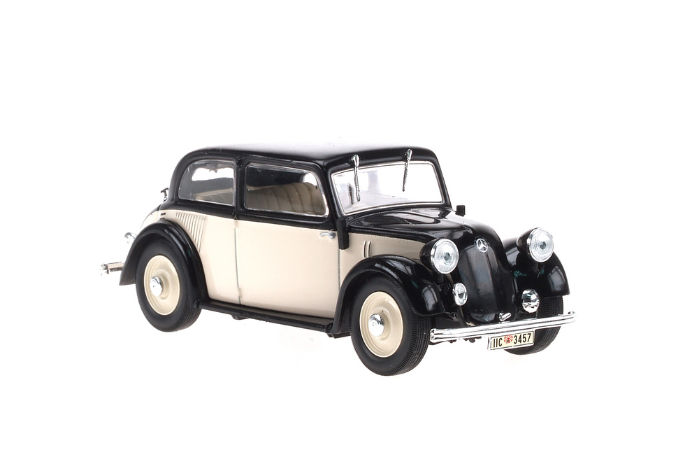 Mercedes 130 -W23- (1934) White Box WB078 1:43