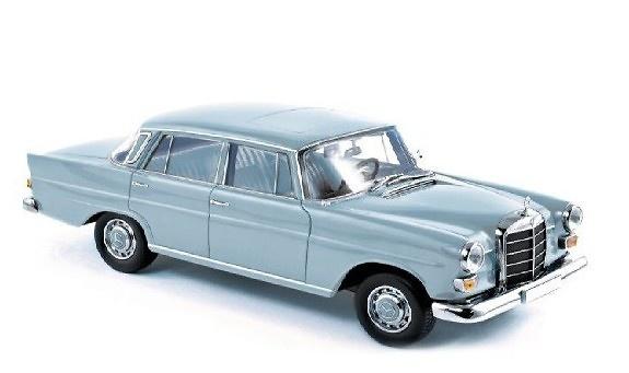 Mercedes Benz 200 Sedan -W110- (1966) Norev 183575 1:18