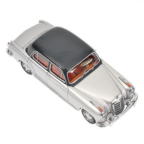 Mercedes Benz 220 S -W180- (1956) Minichamps 430033007 1/43