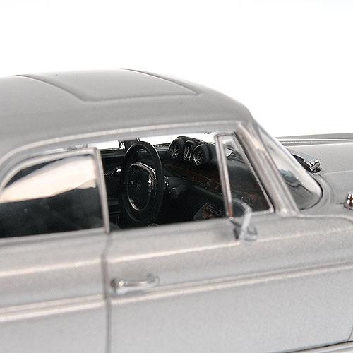 Mercedes Benz 280 SE Coupé -W111- (1970) Minichamps 400038120 1/43