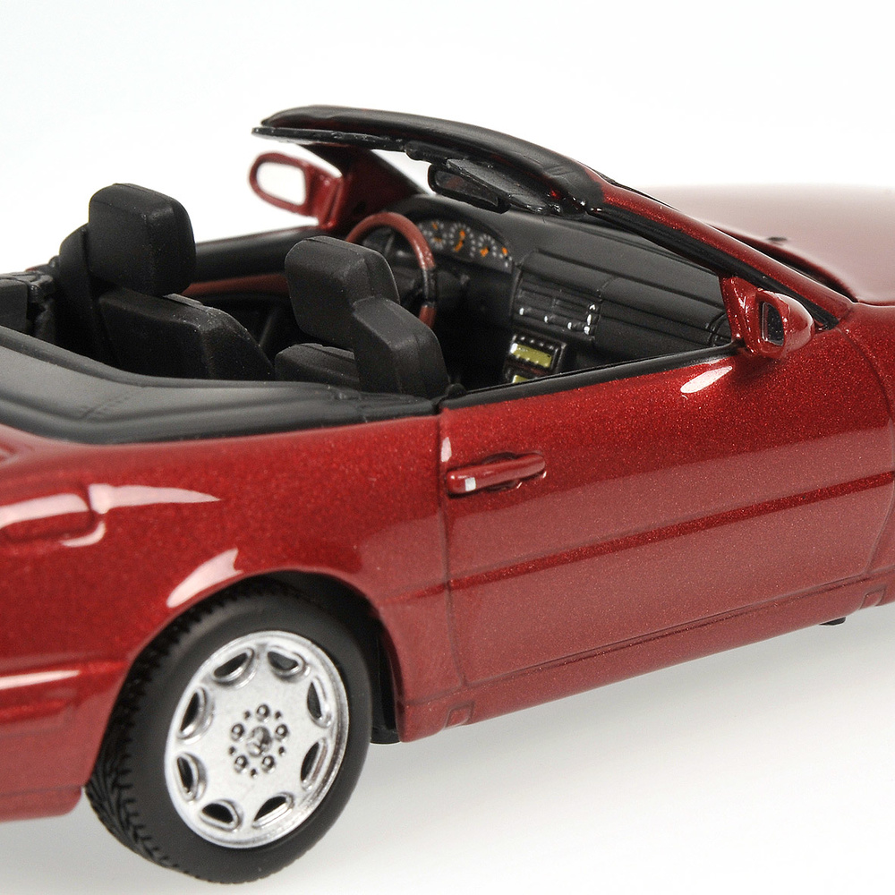 Mercedes Benz 500SL -R129- (1999) Minichamps 400033032 1/43