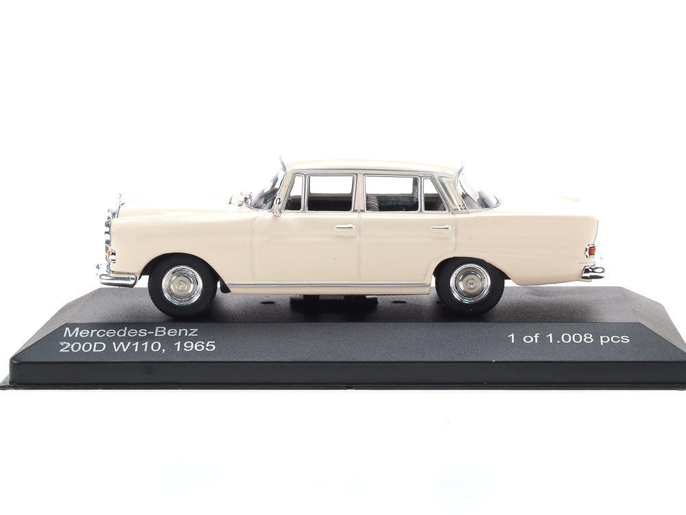 Mercedes Benz 200D -W110- (1961) White Box 186662 1/43