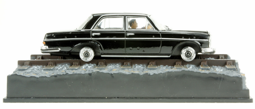 Mercedes Benz 250 E -W108- (1965) James Bond