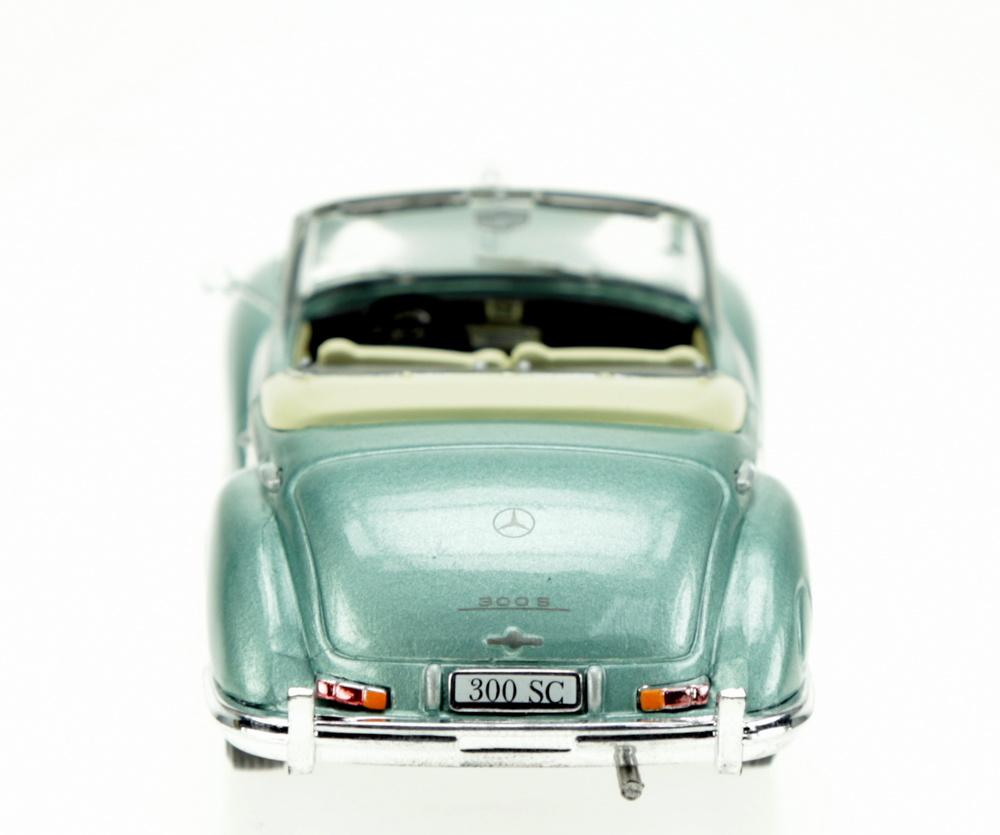Mercedes Benz 300 Roadster -W186- (1956) White Box WB115 1:43