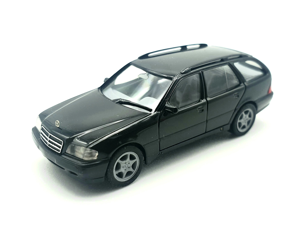 Mercedes Benz C220 -W202- (1993) Herpa 031400 1/87