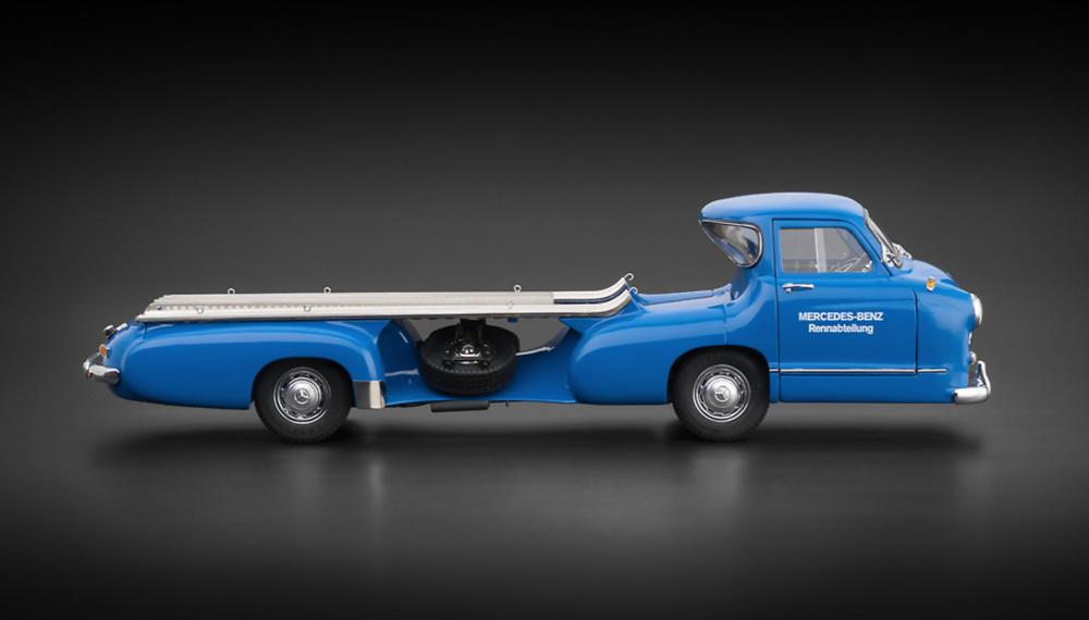 Mercedes Benz Racing Car Transporter (1955) CMC M143 1/18