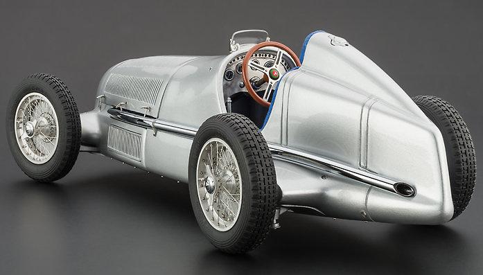 Mercedes-Benz W25 (1934) CMC M033 1/18