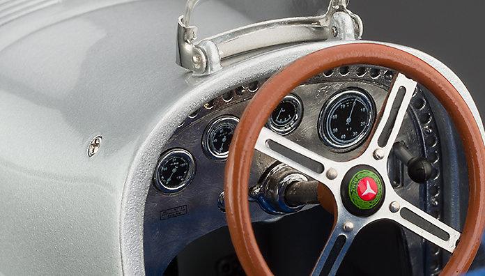 Mercedes Benz W25