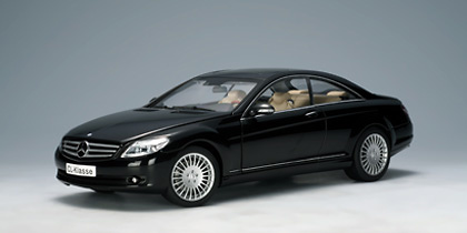 Mercedes Benz CL Coupé -W216- (2007) Autoart 76165 1/18