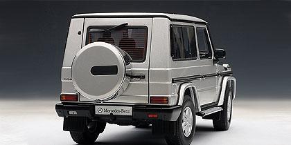 Mercedes Benz Clase G -W463- (1990) Autoart 76112 1:18