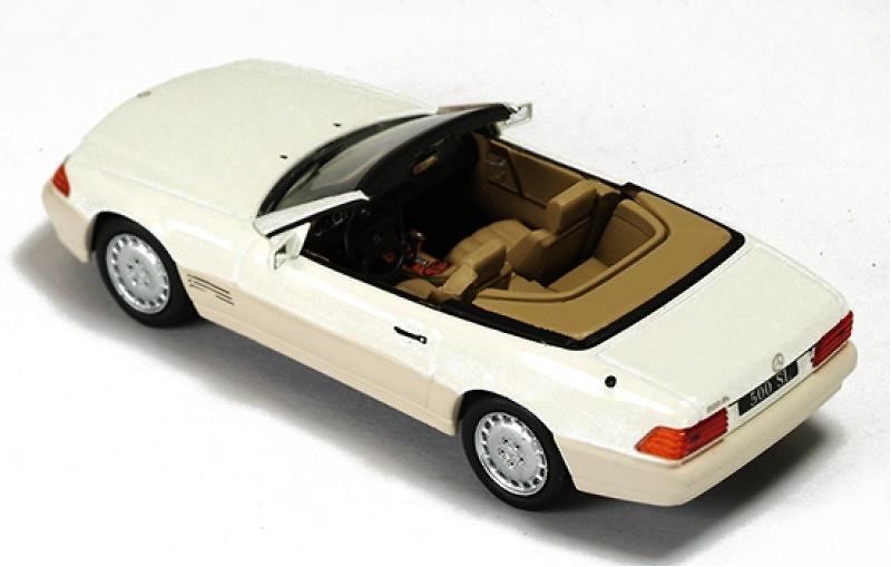 Mercedes Benz SL500 -R129- (1990) Ixo CLC195 1/43