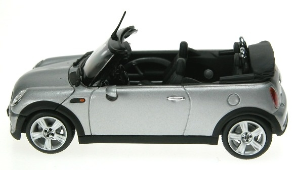 mini cooper bmw cabrio 2004 minichamps 1 43 men. Black Bedroom Furniture Sets. Home Design Ideas
