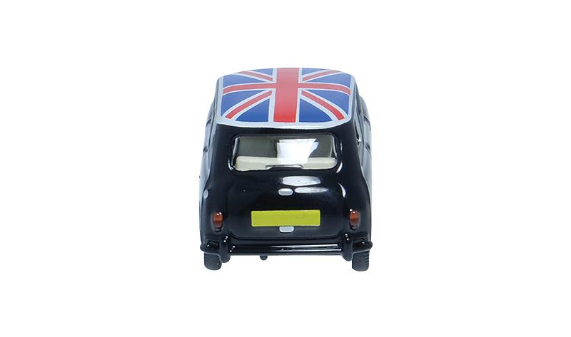 Morris Mini (1960) Minialuxe MB104-1SE 1/66