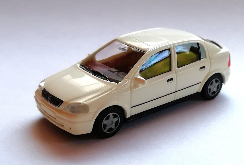 Opel Astra (1998) Wiking 0850122 1/87